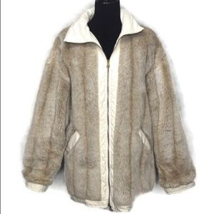 Faux Fur Jacket Zip Front Front & 2 inside pockets